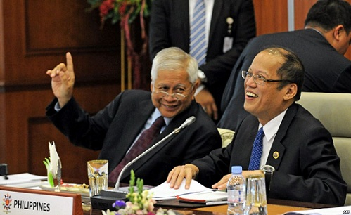 A happy President Aquino and Foreign Secretary Albert del Rosario.